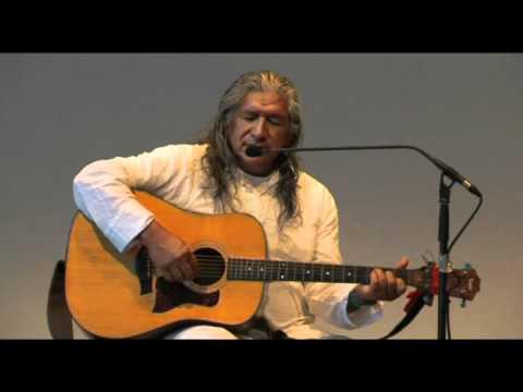 Inti Cesar Malasquez: Schamanismus der Anden - ein Gebet an Pancha Mama (Mutter Erde)