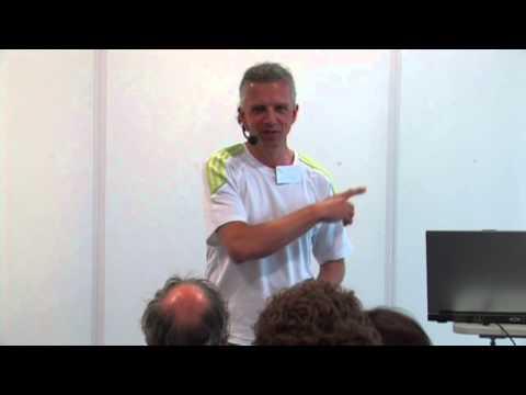 Arnold Wiegand: Roh-Vegan + Sport