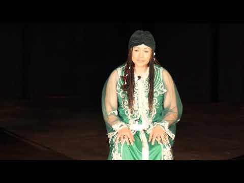 1/2: Ilham Hanae Trojahn: Seelenreisen mit der Shrifa