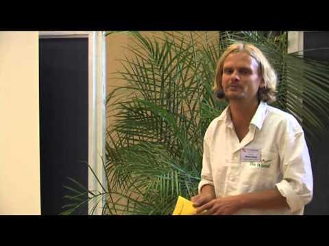 1/2: Michael Delias: Rückfälle in die Kochkost und Essstörungen durch die Rohkost meistern!