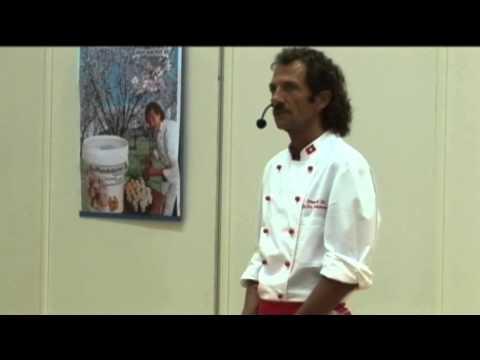 Urs Hochstrasser: Roh vegan und wohl genährt